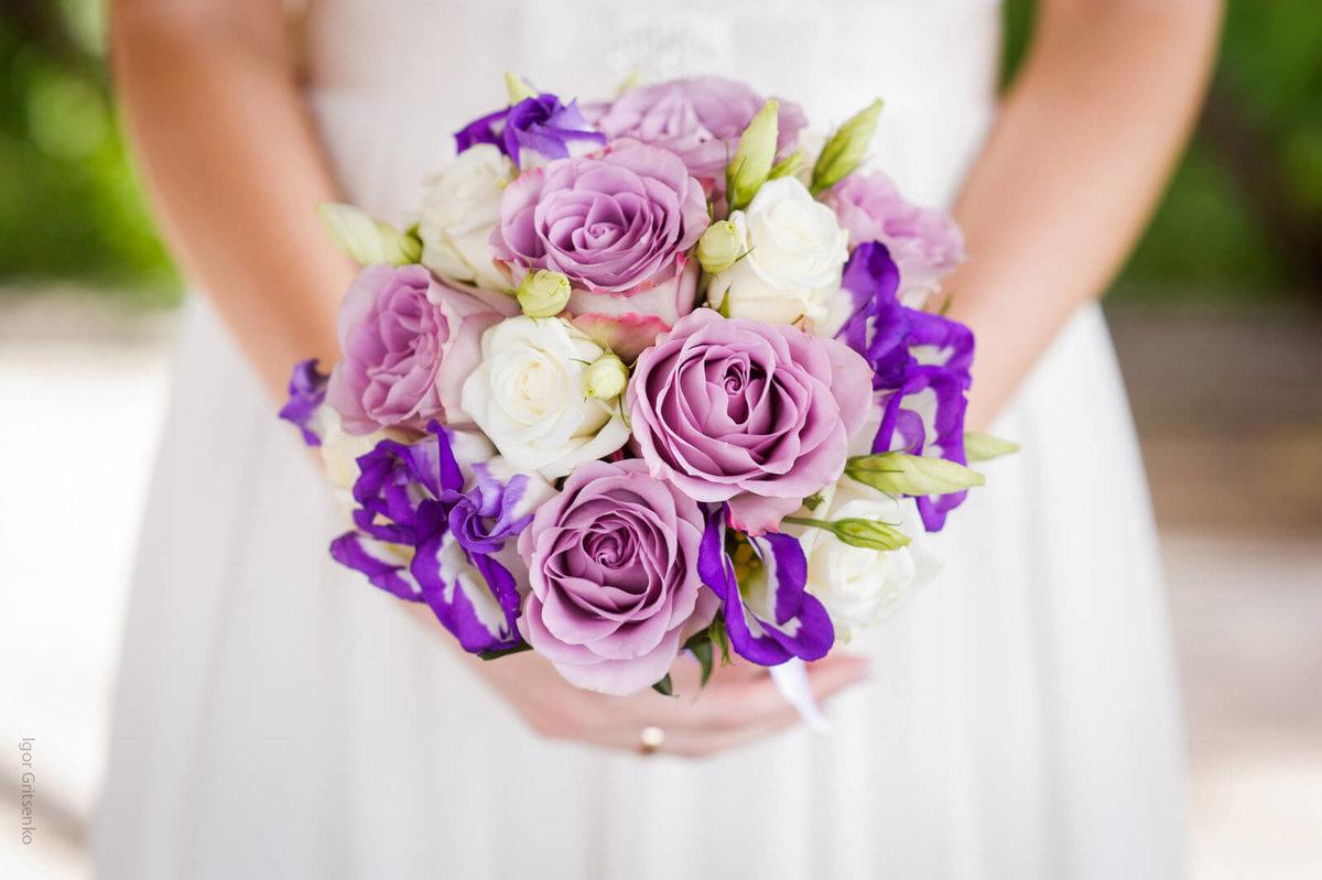 Свадебный букет с фиолетовым оттенком, цветов караганда букет