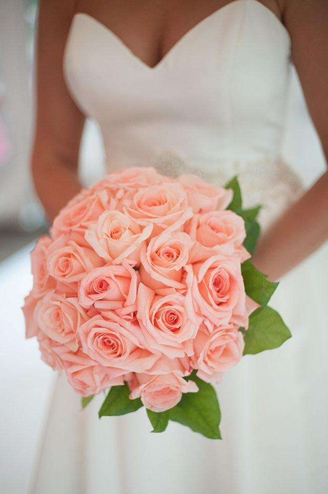 Фото букетов невесты из роз, розы цветы