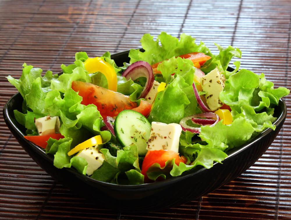Картинки с салатами из овощей, открытки