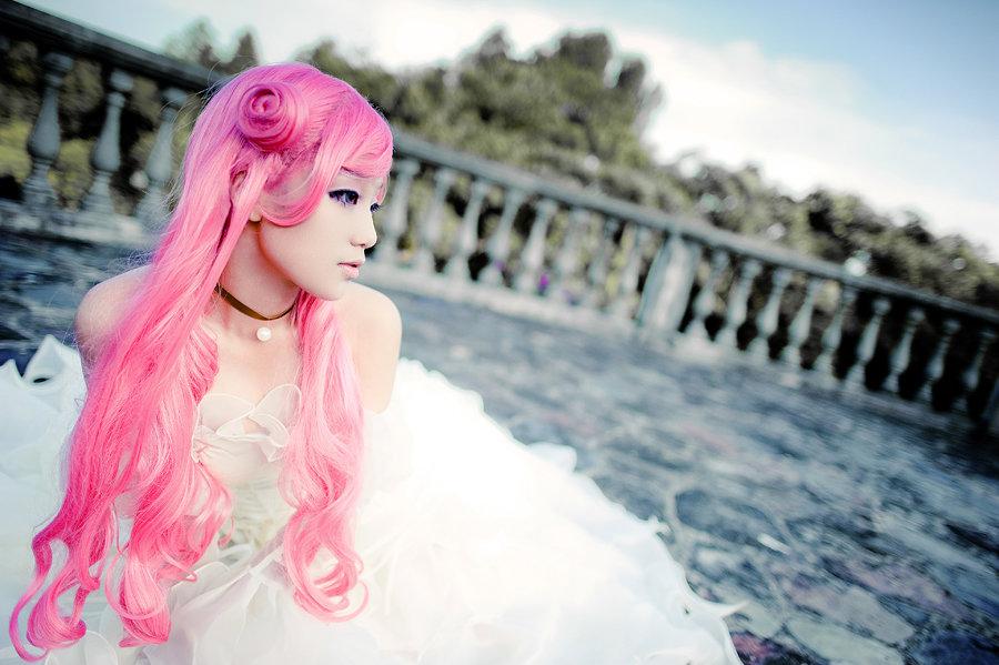 Девушка с розовыми волосами картинка