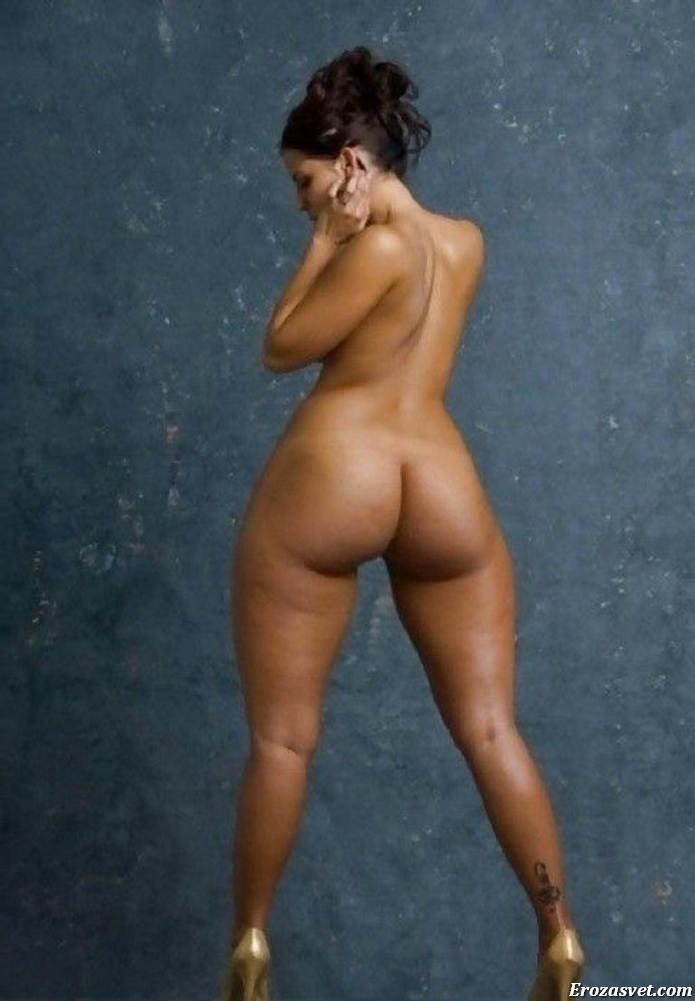 фото голые бедра женщин того