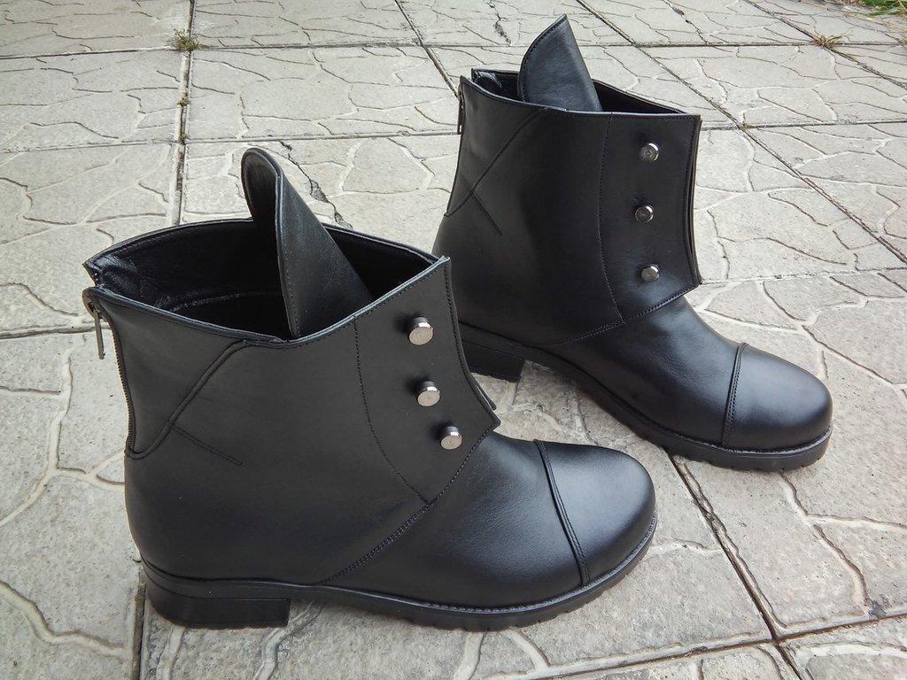 137f8cb03a7b Ботинки Hermes женские. Женские демисезонные сапоги кожа Перейти на  официальный сайт производителя.
