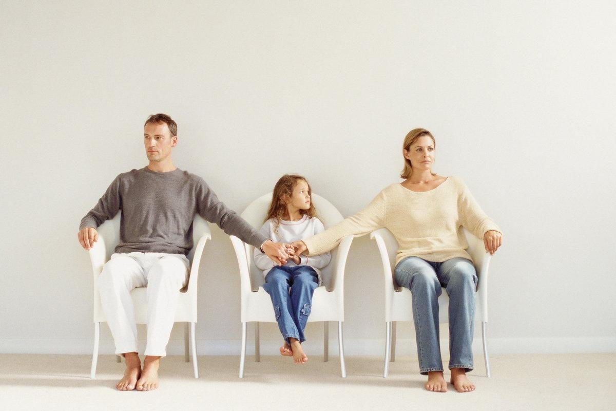 после развода живу с родителями