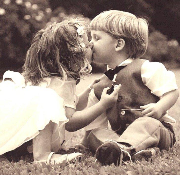 Картинки с поцелуем и надписями