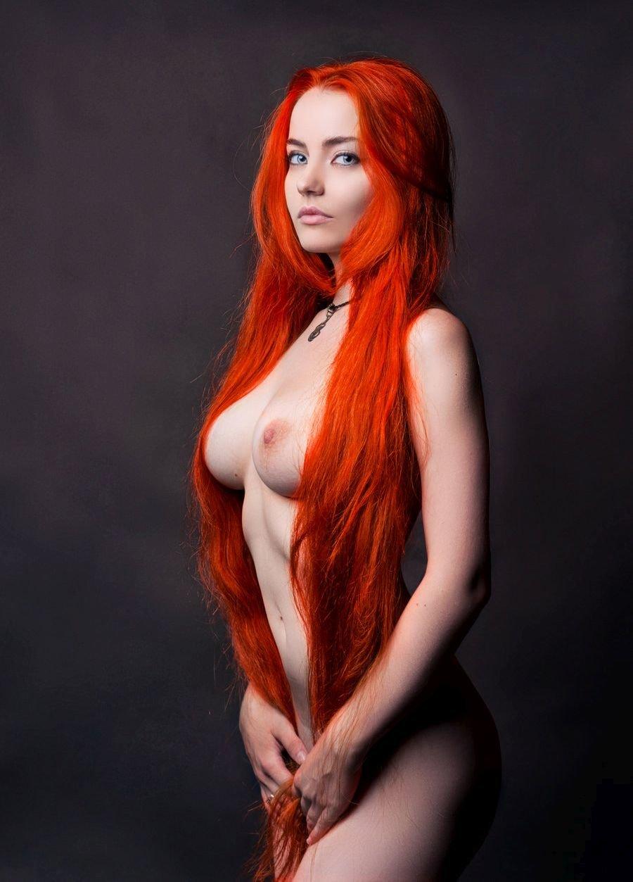 ochen-erotichnie-rizhie-devushki-porno