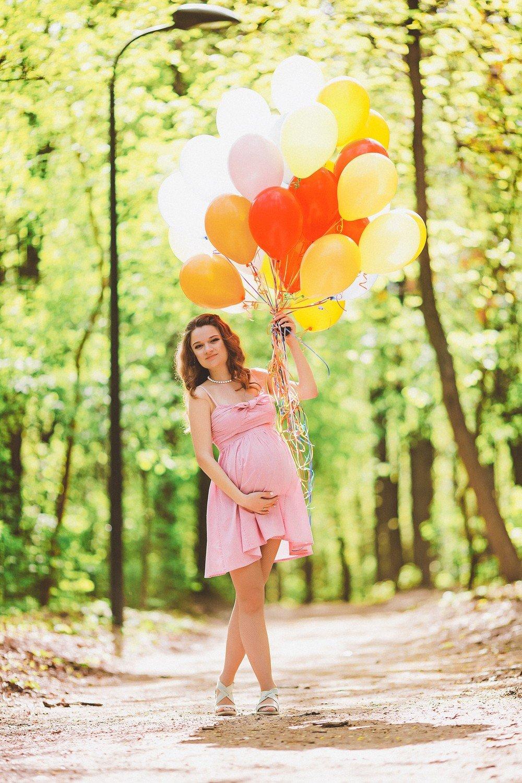 как красиво сфотографироваться с воздушными шарами или иную цель