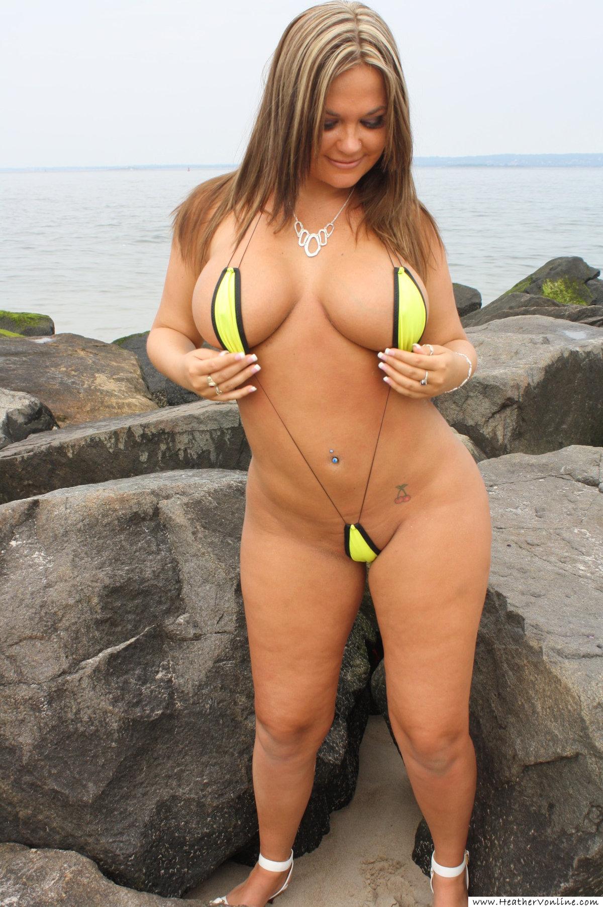 Curvy milf bikini