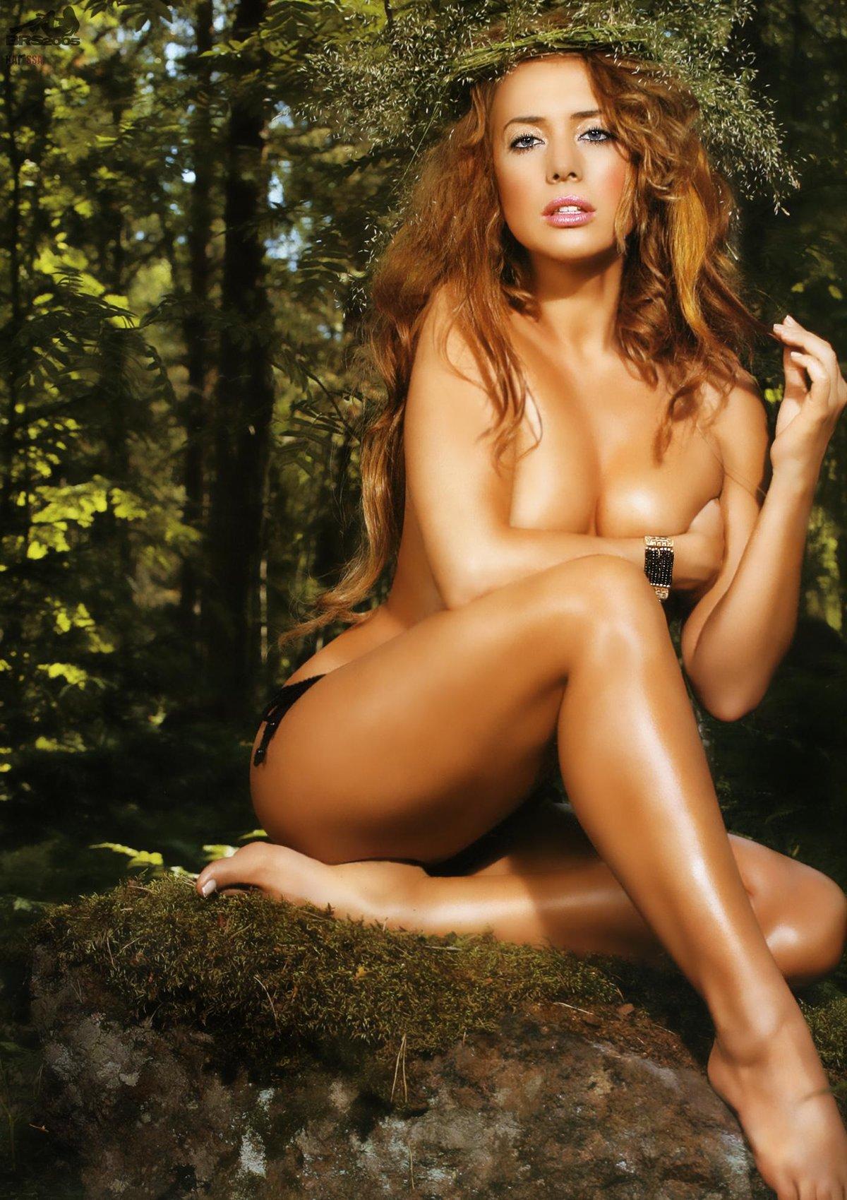 smotret-erotiku-zvezd-foto-uzkie-popki-porno-video