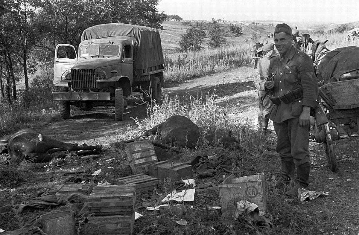 Фото базы немцев приблизиться