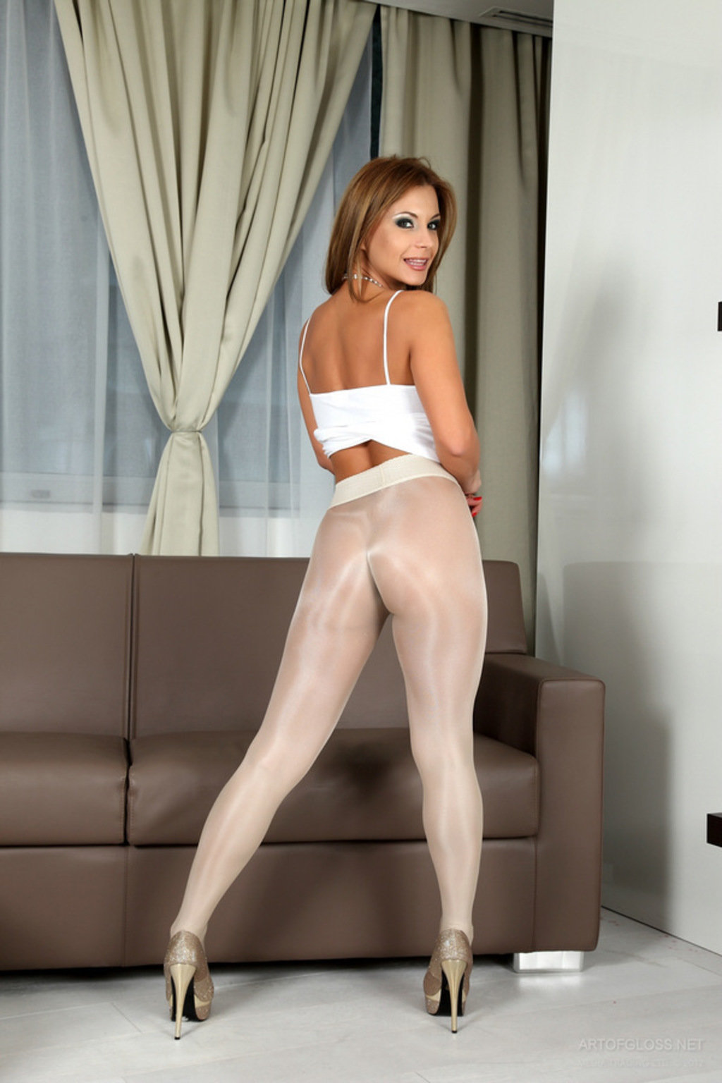 hot-babe-pantyhose-naked-too-young-pics-xxx
