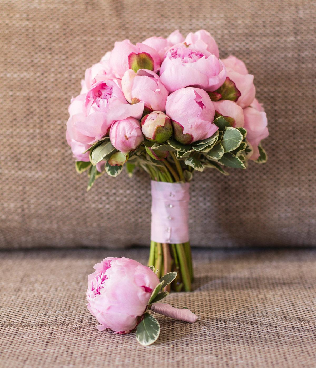 Свадебный букет с пионами в москве, цветов подарков москве