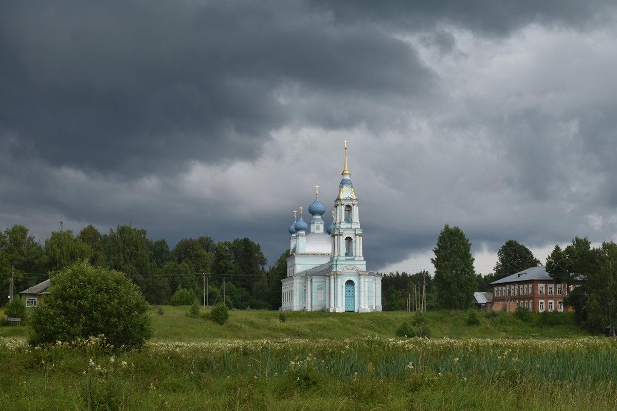 Ввведенская церковь, Костромская обл