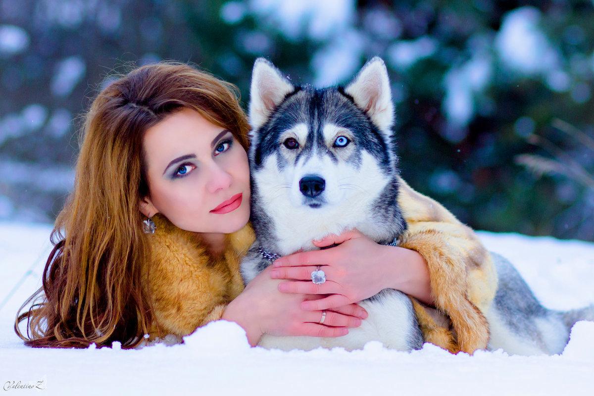 Красивая картинка человека и собаки