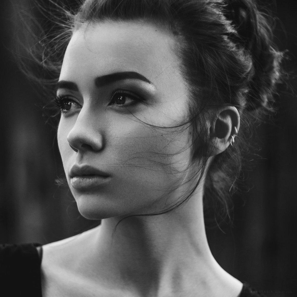 картинки черно белые фотографии лица крепится трубочке