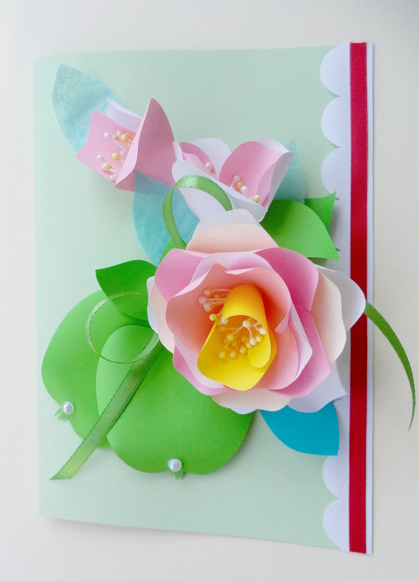 Открытка марта, открытка с цветами на развороте