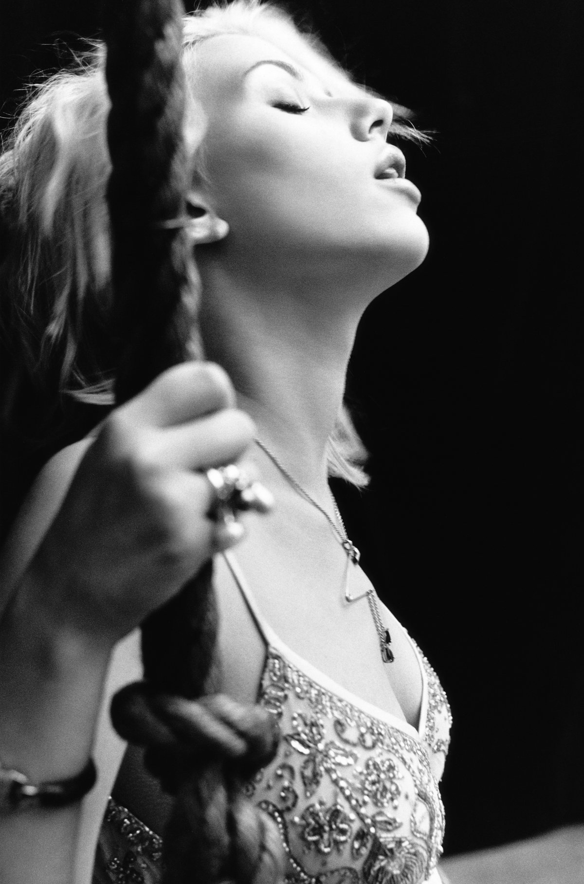 Scarlett johansson yariv milchan 2004 uhq photo shoot - 2019 year