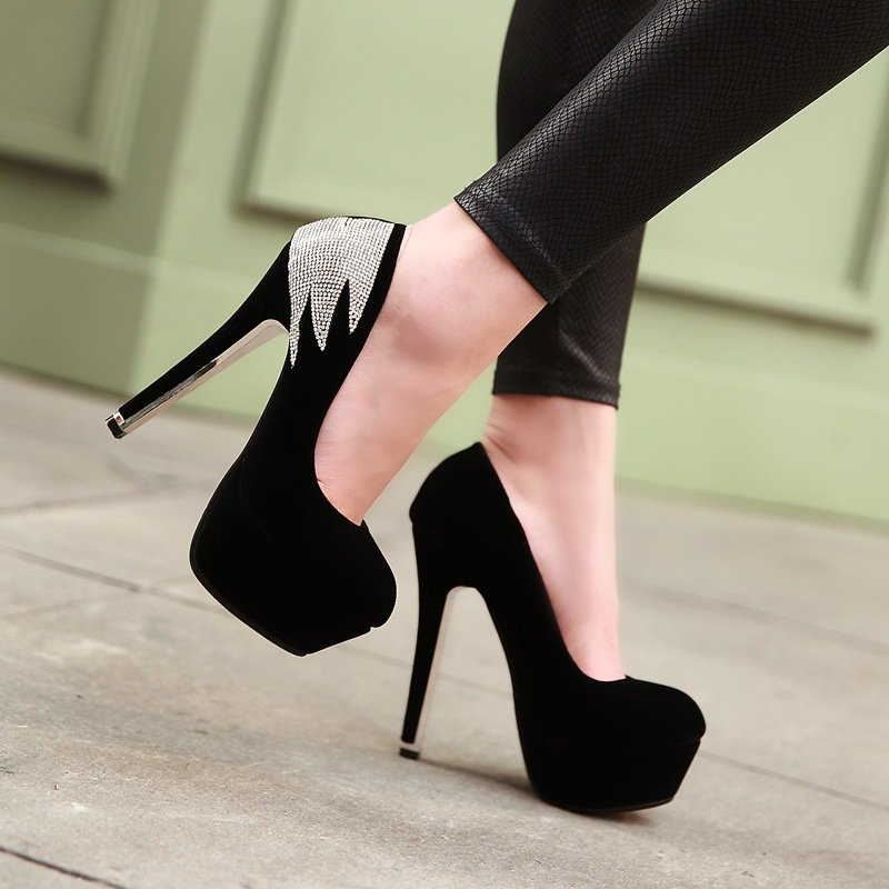 картинки красивых туфель на высоком каблуке и платформе