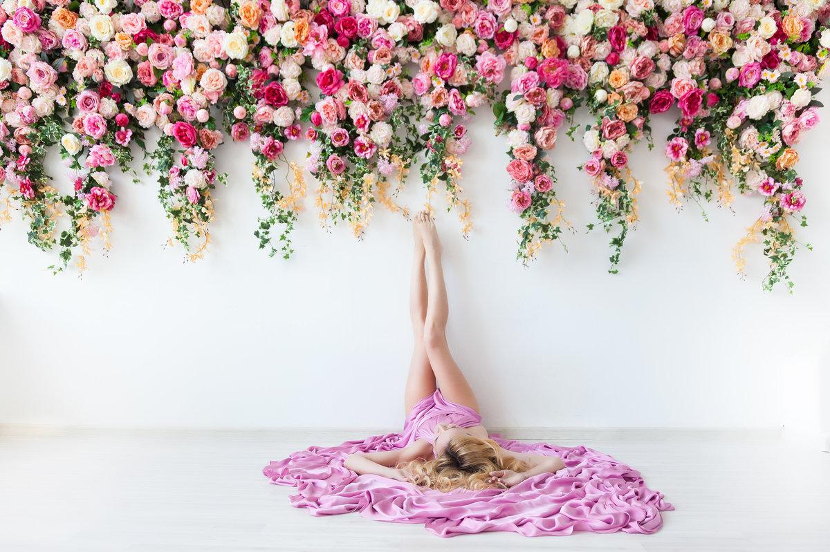 одном студия для фото с розами такого плана