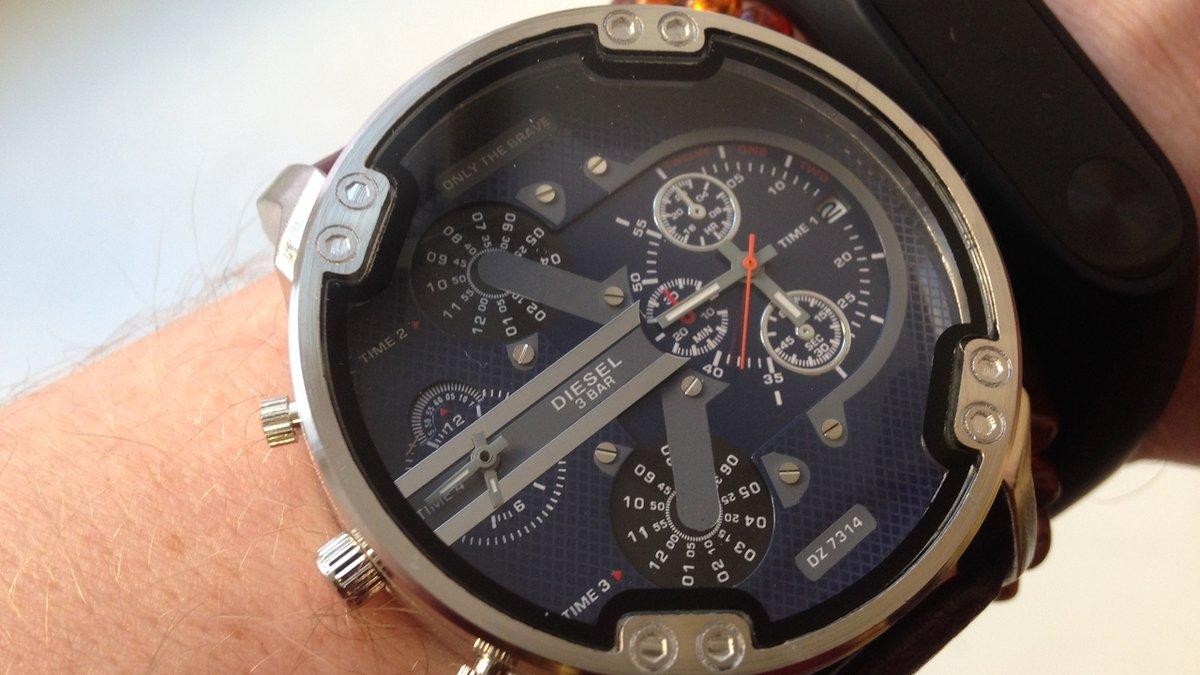Часы Diesel Brave. Купить часы оптом в Москве на сайте Официальный сайт ❤  http 1a25c0738b1