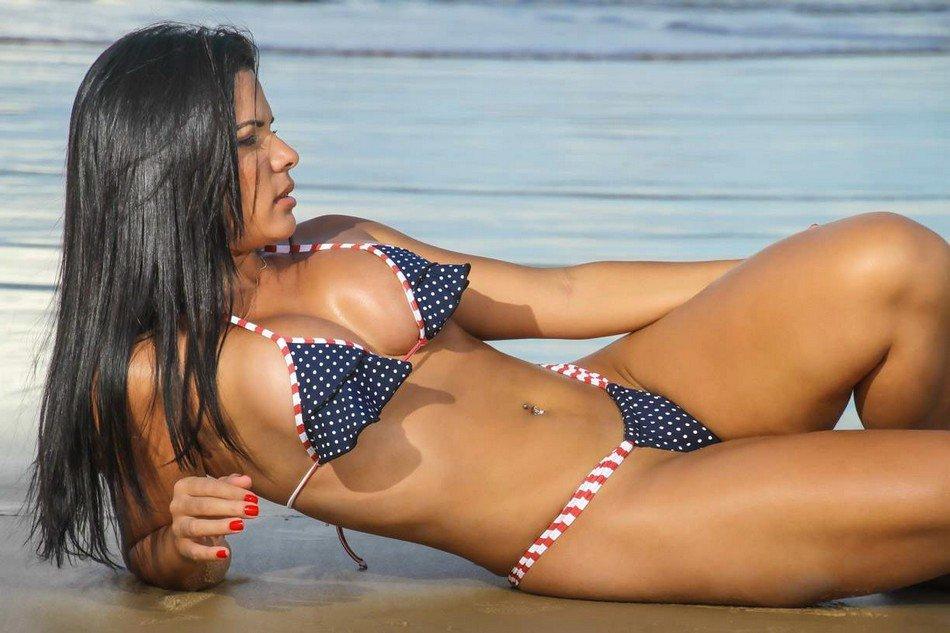 Бразильские телочки на пляже, красивый секс красивых телок