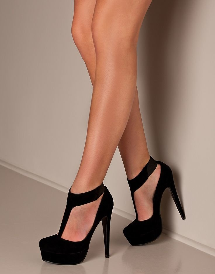 картинки ноги на высоком каблуке