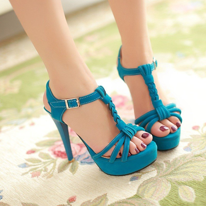 and-teen-age-girls-shoe