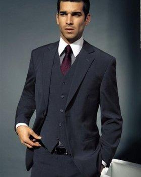 858b649f2723 Мужские костюмы помогут молодому человеку создать актуальный ...
