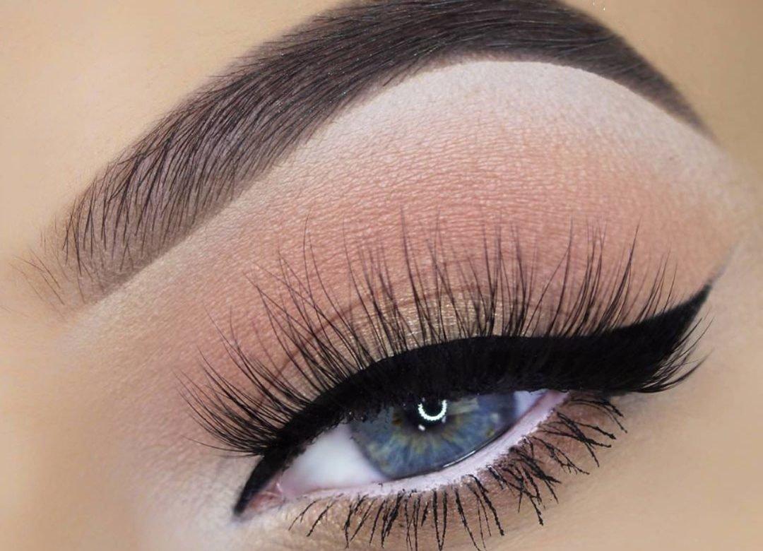 макияж с стрелками красивый картинки ради ответов