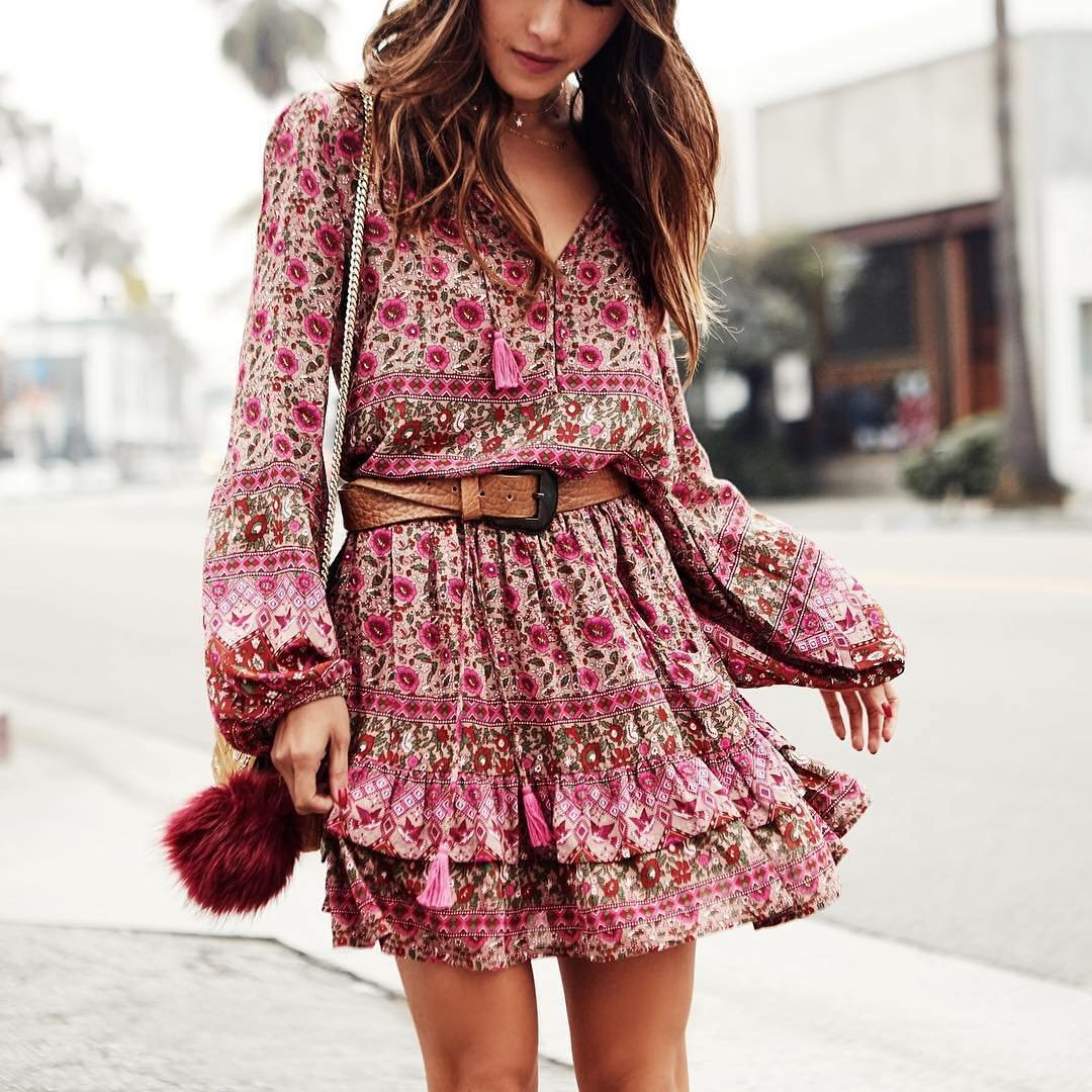 Все картинки модных платьев сделать примыкание