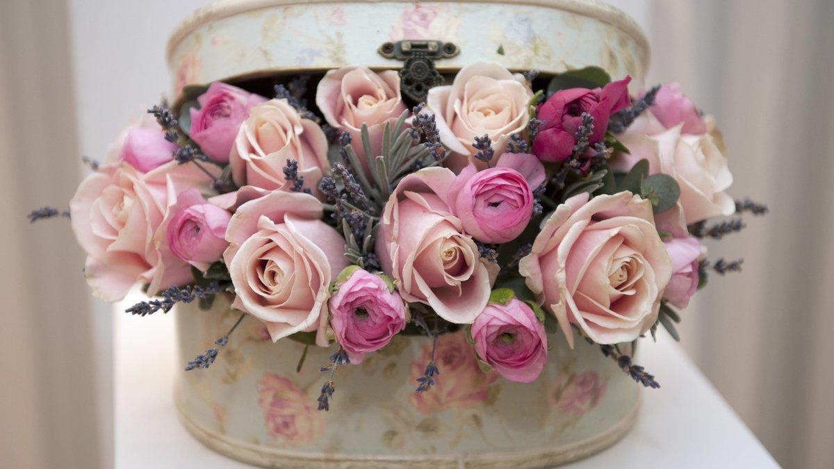 Звезда имени, красивые картинки с днем рождения цветы в коробке