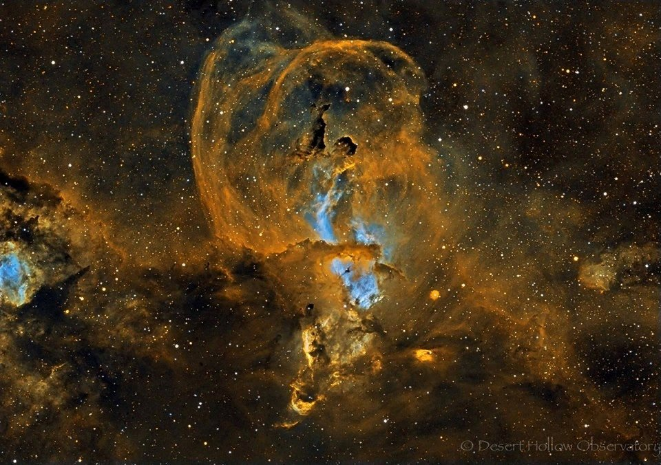 взглянуть фотографии ангелов из космоса бесплатные