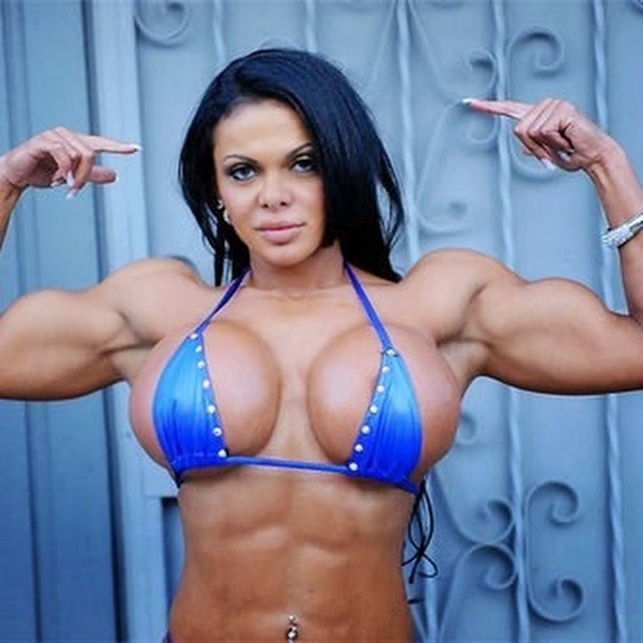 babe-busty-muscle
