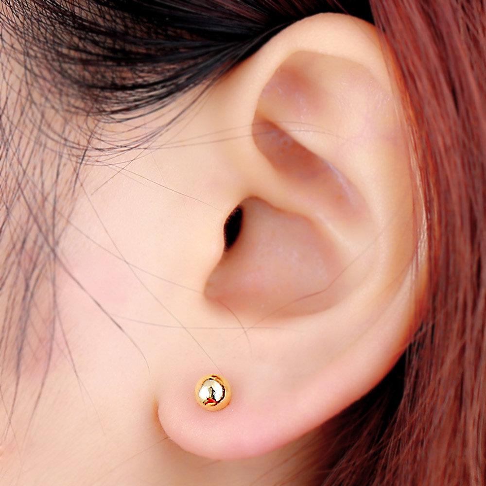 Картинки сережки в ушах