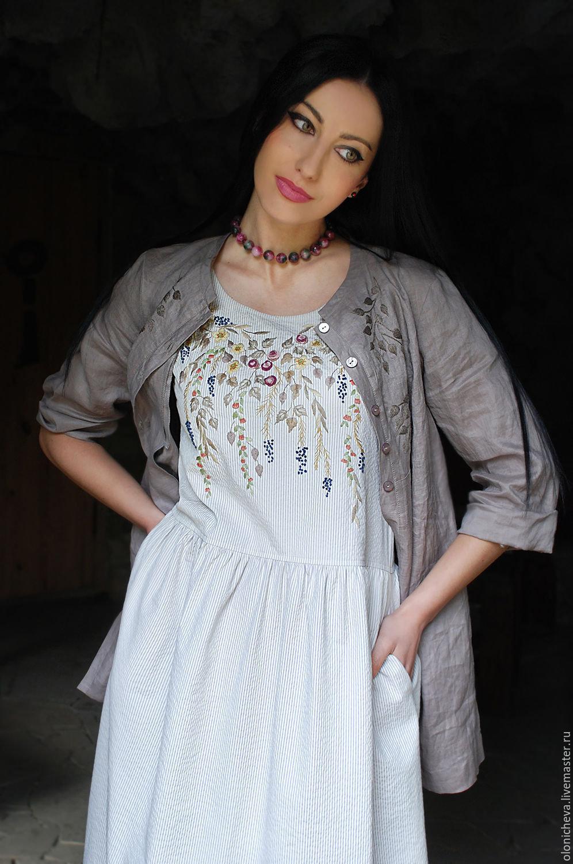 e7940d9b781 ... Вышитый женский комплект - сарафан и льняная рубаха
