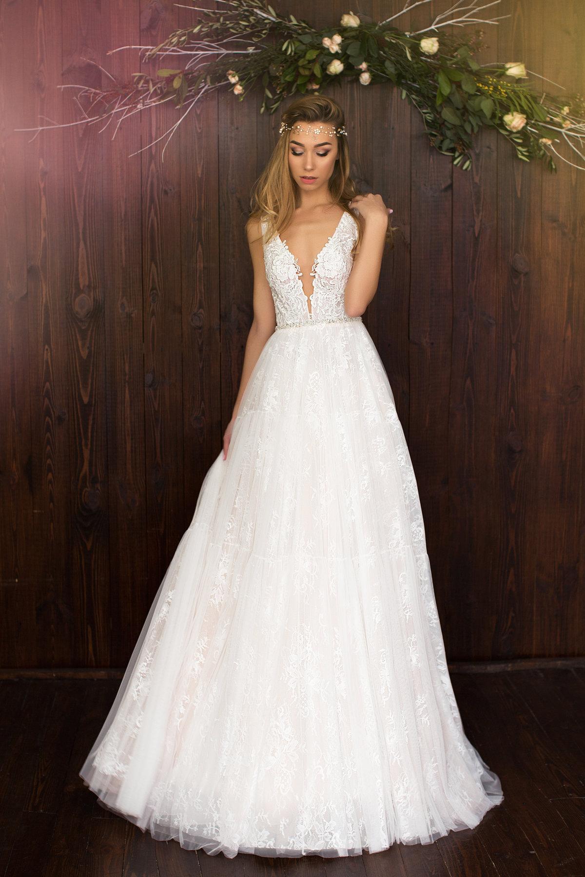 Букеты, интернет магазин цветов свадебных платьев москва