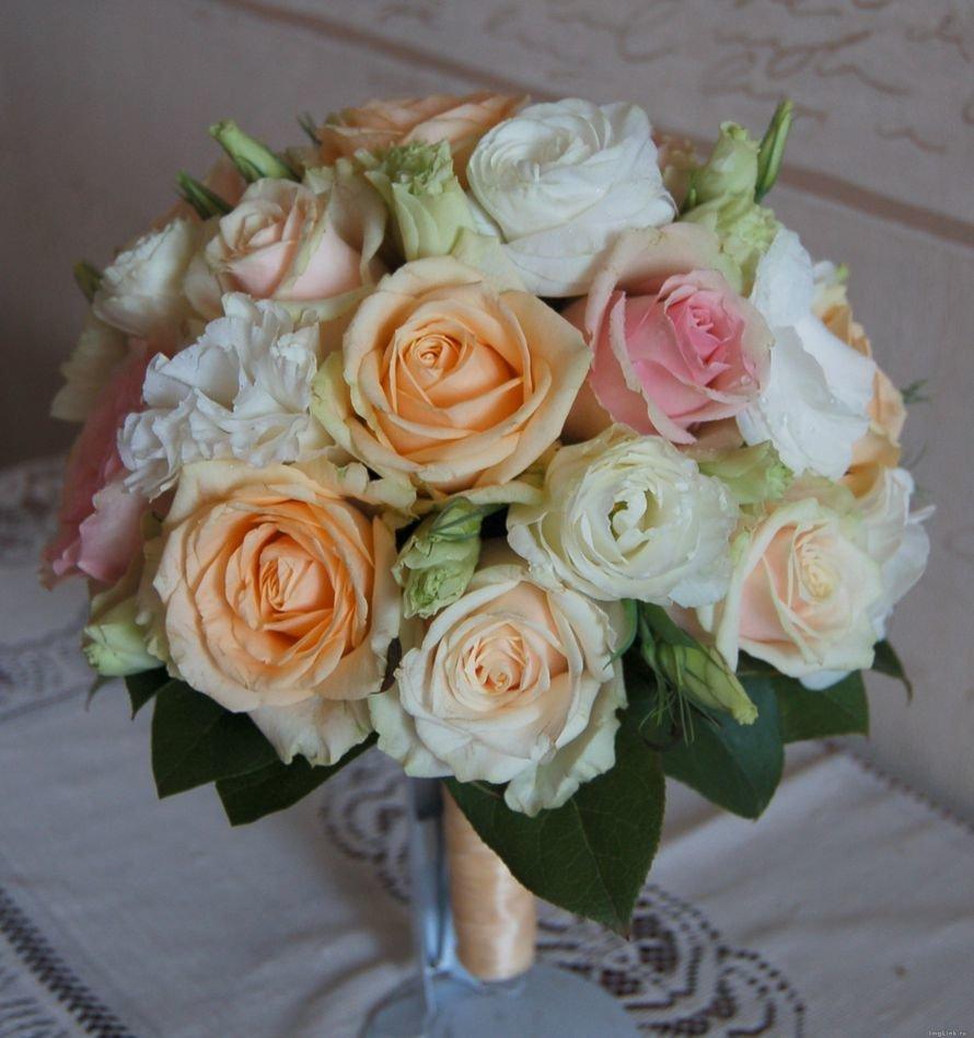Магазин, свадебные букет из чайных роз