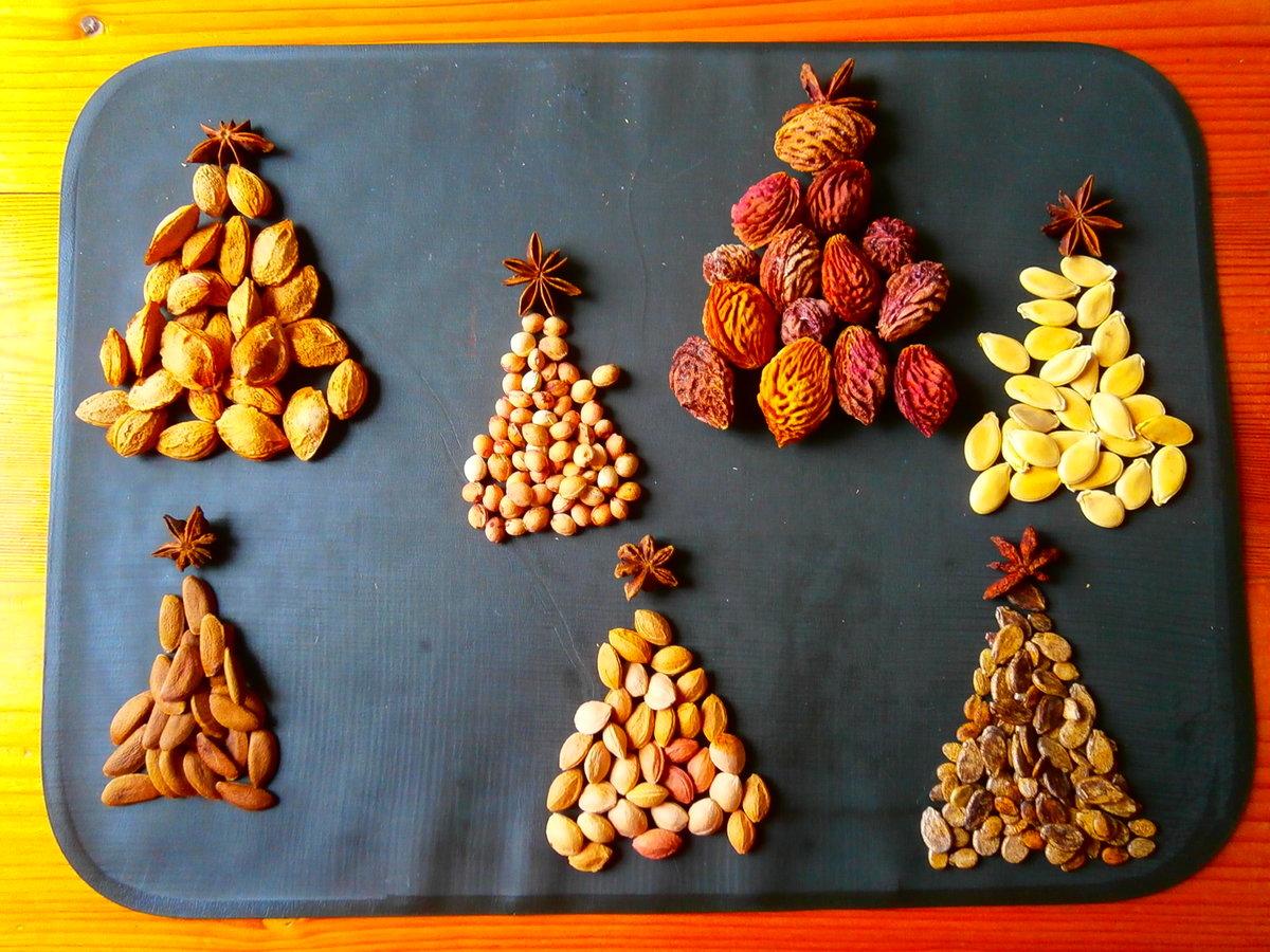 поделки из косточек фруктов фото красным