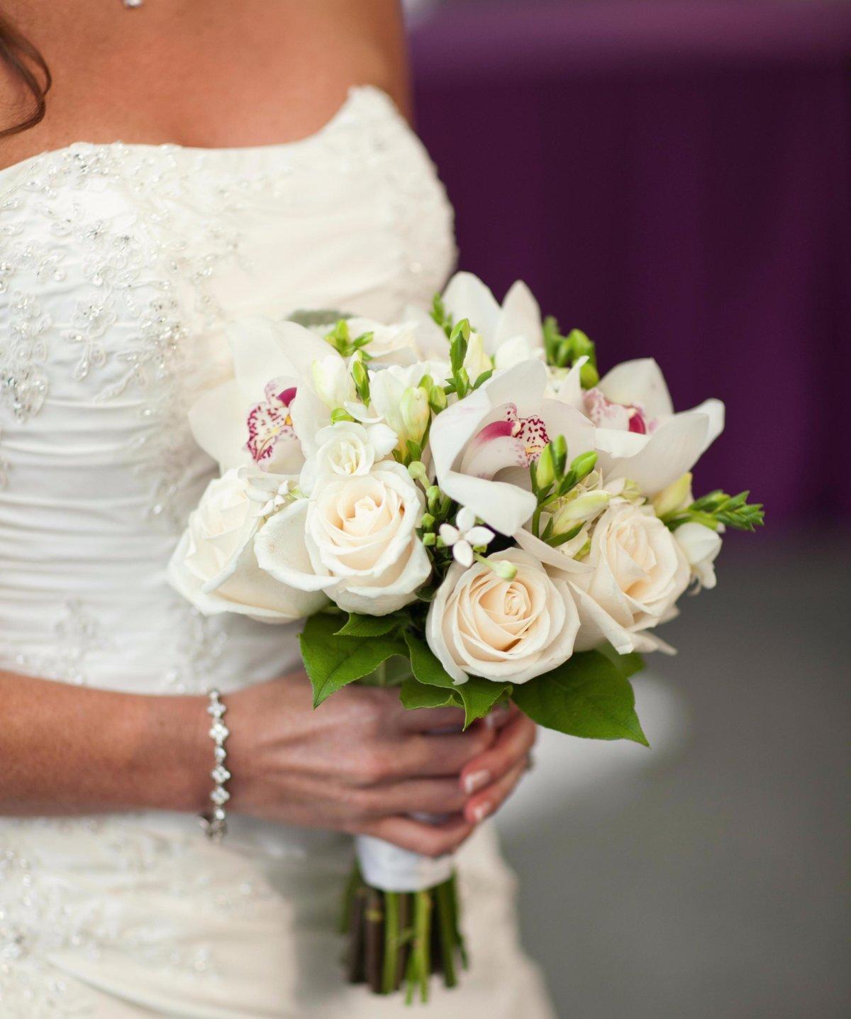 Свадебные букеты г. екатеринбург, оптом магистральная цветы