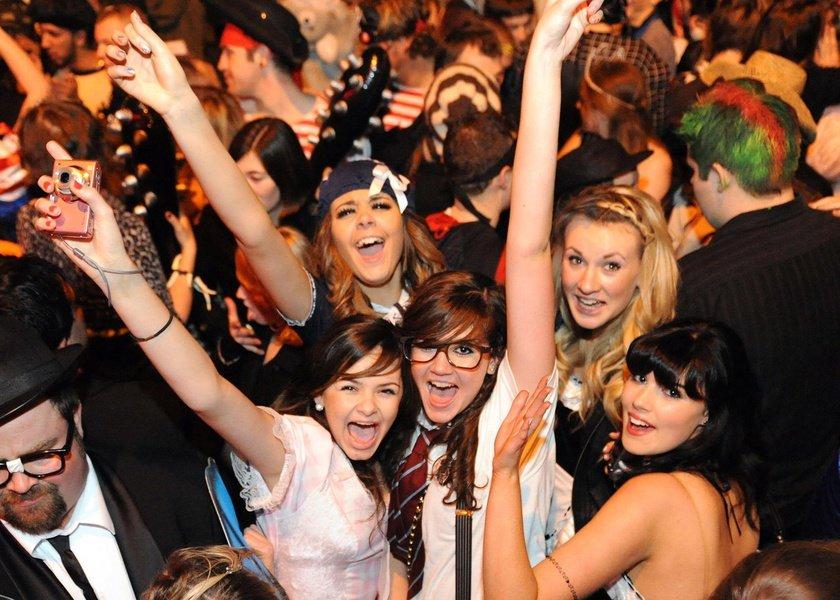 Вечеринки америки фото, дики голая девушки