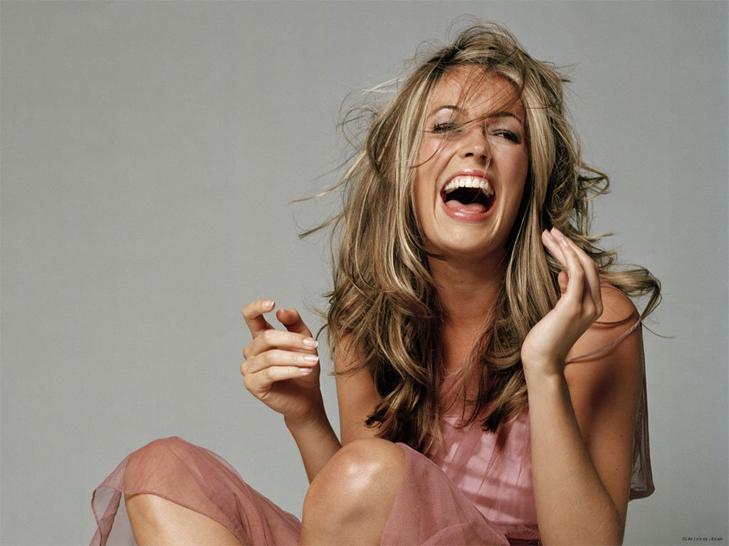 женщины смеются ролики смотреть - 12