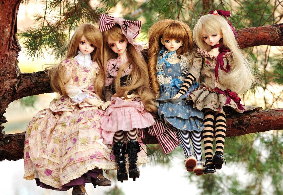 хочу картинки несколько кукол если