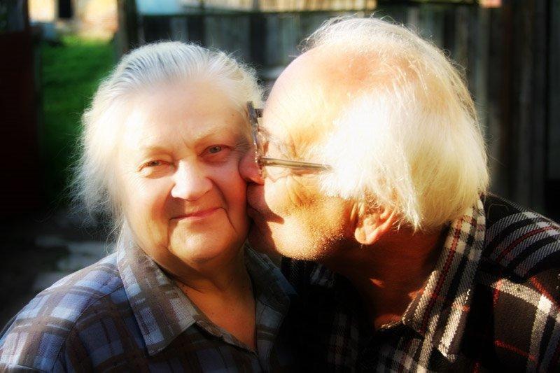 русские бабуси любят русских парней после