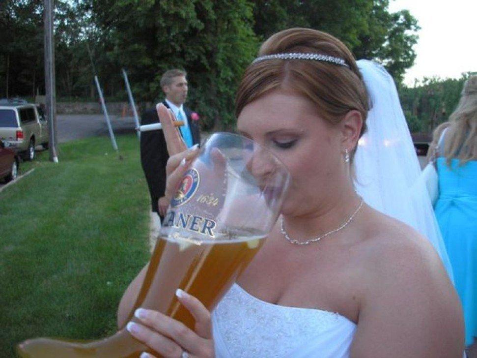 Среди знаменитостей пьяные невесты после свадьбы развратные