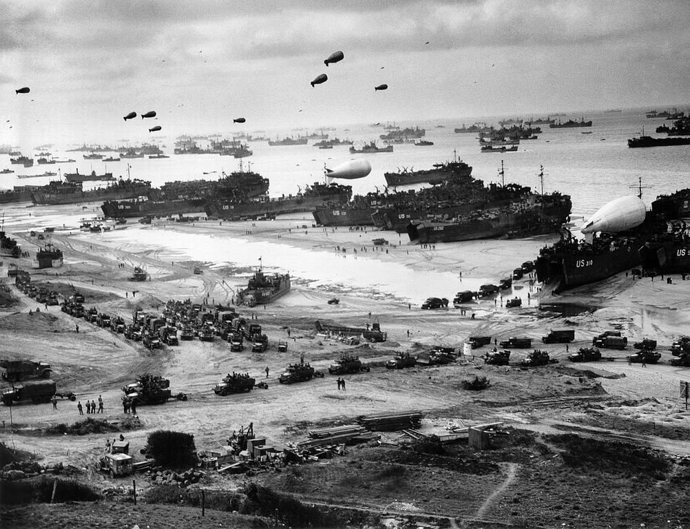 6 июня 1944 года началась Нормандская операция, открывшая «второй» фронт в годы Второй мировой войны