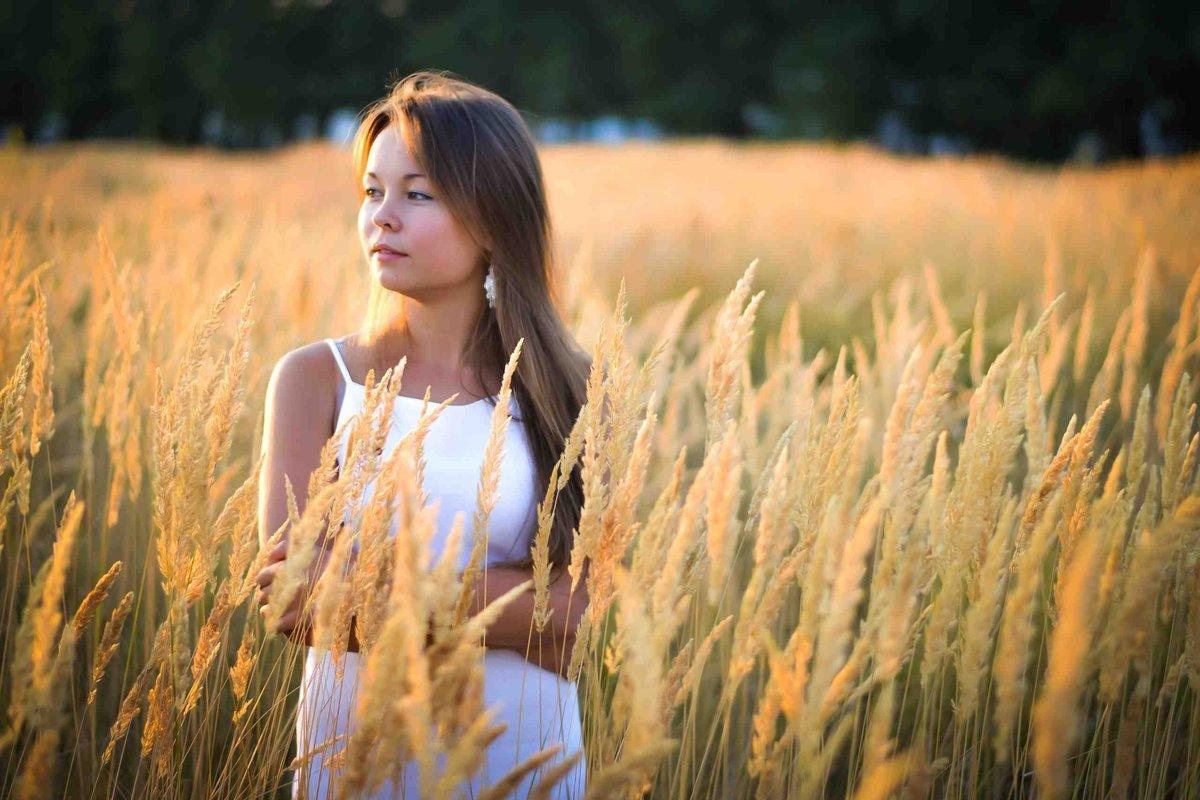 дает весьма идеи для фотографий в поле с пшеницей это все любовь