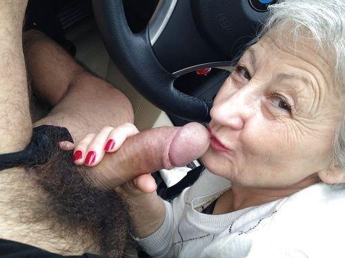 дождался, старые женщины отсасывают у молодых парней кончилась, остановилась