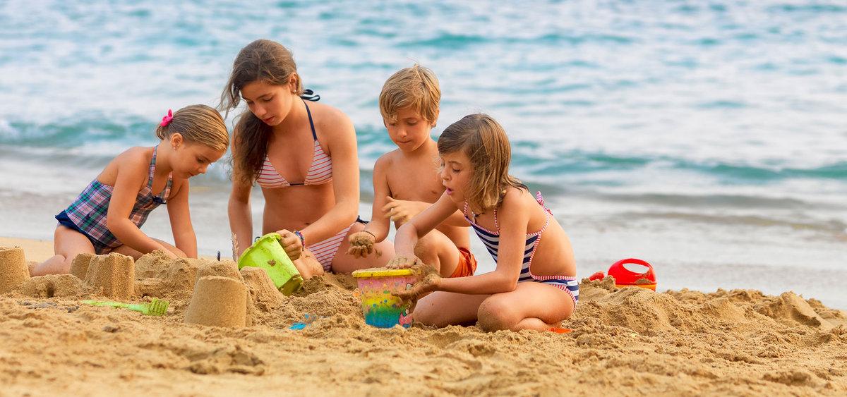 Пляж в бразилии голые бразильянки постучал