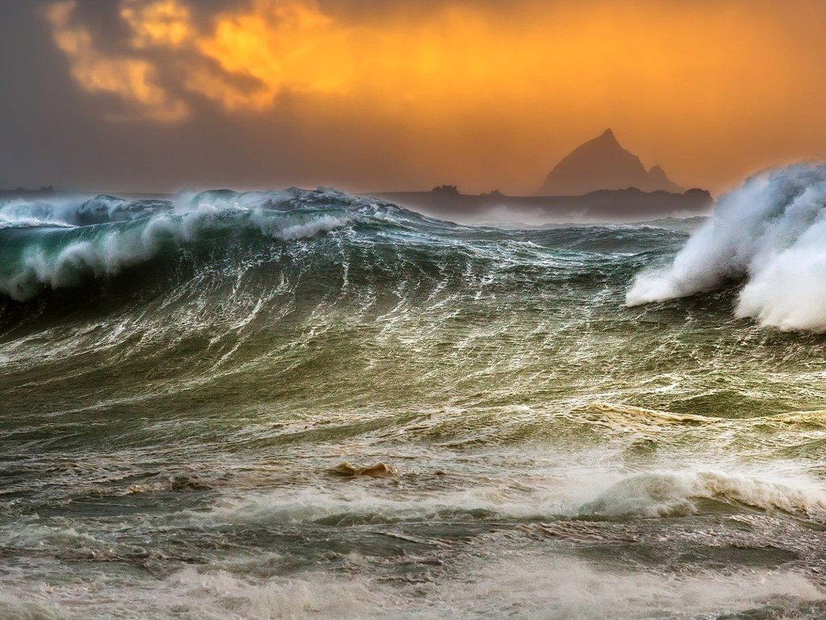 Морской шторм в картинках
