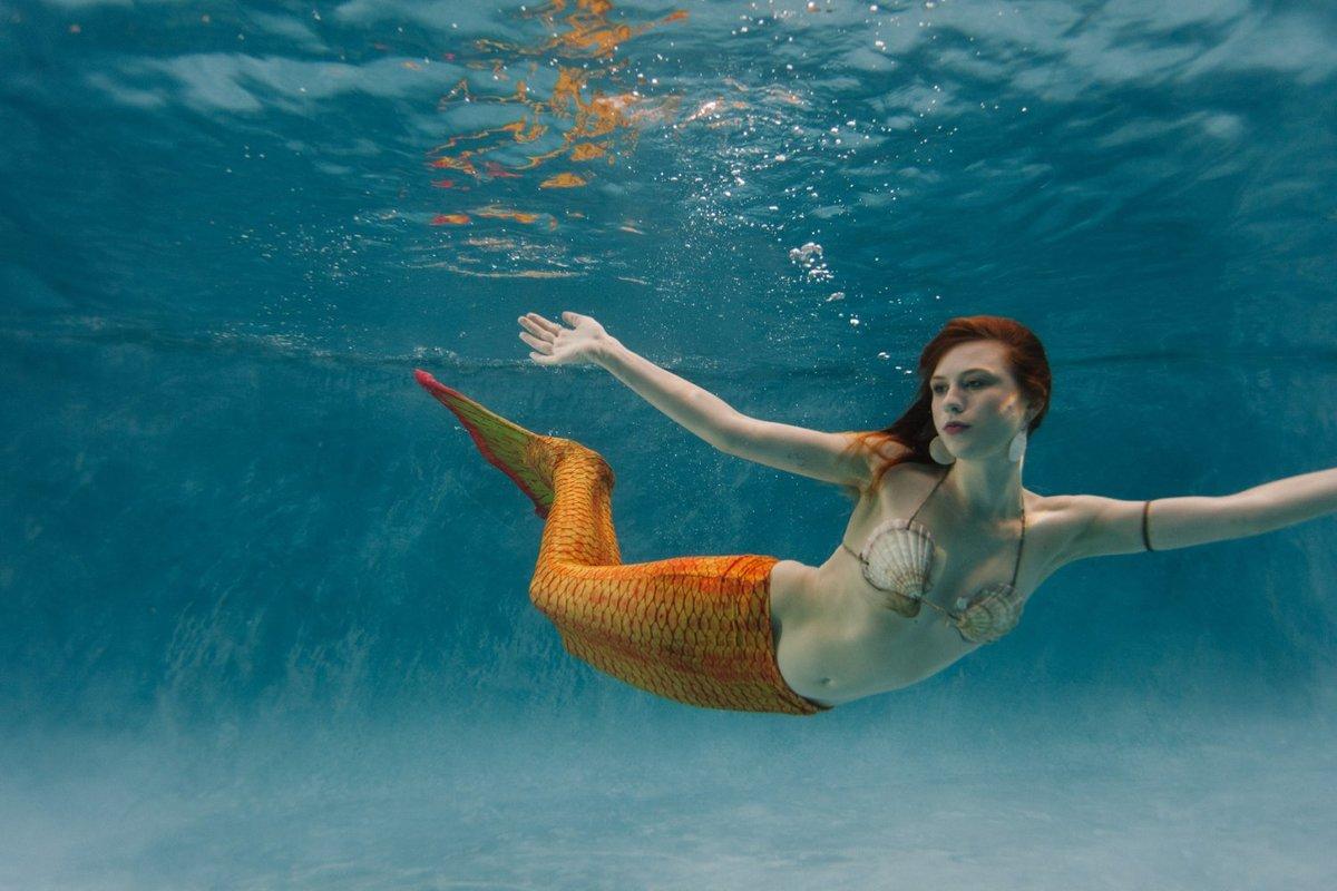 была удивительно красивые картинки под водой с человеком русалкой притвориться