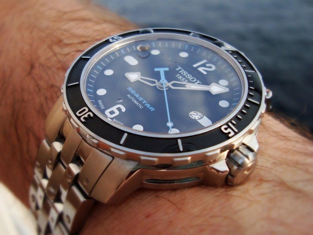 Купить кварцевые часы tissot оптом по низким ценам можно на нашем сайте optmarket.